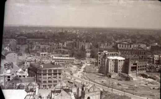 ARH NL Koberg 574, Rundblick von der Marktkirche auf das zerstörte Stadtzentrum, Hannover, 1947