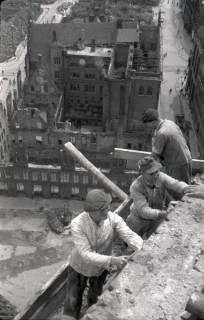 ARH NL Koberg 583, Sicherungsarbeiten am Turm der Marktkirche, Hannover, 1947
