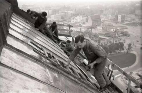 ARH NL Koberg 613, Reparatur der Rathauskuppel, Hannover, 1949