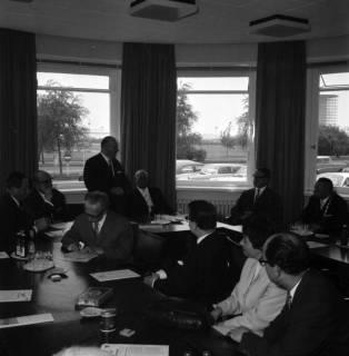 ARH BA 2395, Flughafen, Langenhagen - Besuch von MP Diederichs und Baustelle der neuen Startbahn, 1965