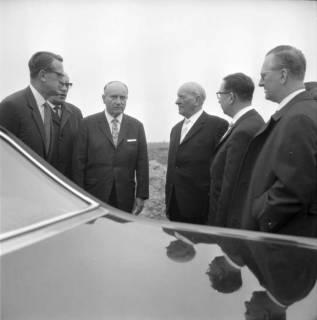 ARH BA 2397, Flughafen, Langenhagen - Besuch von MP Diederichs und Baustelle der neuen Startbahn, 1965