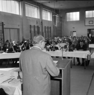 ARH BA 2440, Kreistagssitzung, Anderten, 1966