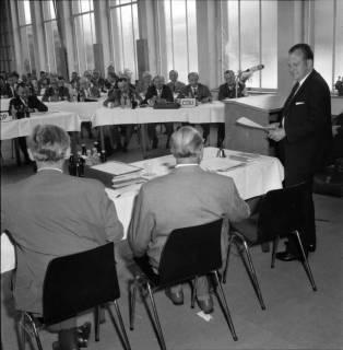 ARh BA 2441, Kreistagssitzung, Anderten, 1966