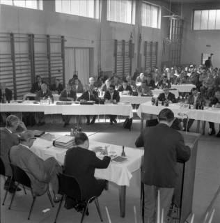 ARH BA 2443, Kreistagssitzung, Anderten, 1966