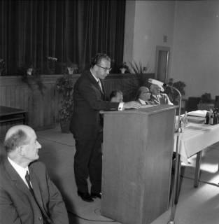 ARH BA 2445, Kreistagssitzung, Anderten, 1966