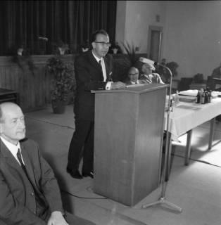 ARH BA 2446, Kreistagssitzung, Anderten, 1966