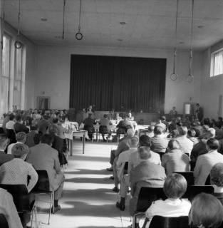 ARH BA 2547, Kreistagssitzung, Ahlem, 1968
