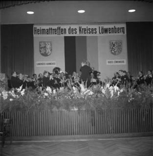 ARH BA 2451, Heimattreffen des Kreises Löwenberg im Wülfeler Biergarten, Hannover, 1966