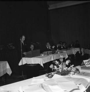 ARH BA 2475, Kreistagssitzung - Wahl des neuen Landrats, 1966