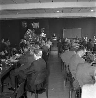 ARH BA 2486, Bürgermeisterversammlung im Verkehrsamt, Ronnenberg, 1966