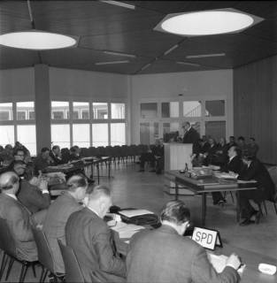 ARH BA 2512, Kreistagssitzung in der Geschwister-Scholl-Schule, Letter, 1966