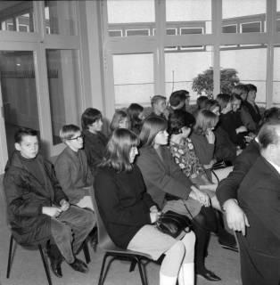 ARH BA 2517, Kreistagssitzung in der Geschwister-Scholl-Schule, Letter, 1966