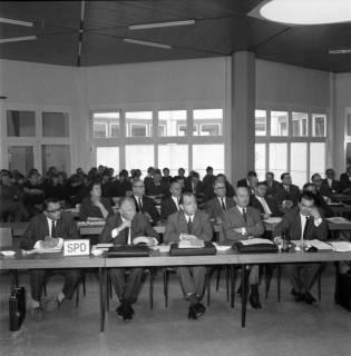 ARH BA 2519, Kreistagssitzung in der Geschwister-Scholl-Schule, Letter, 1966