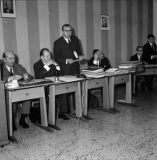 ARH BA 2533, Kreistagssitzung in der Pestalozzischule, Misburg, 1968