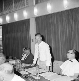 ARH BA 2543, Kreistagssitzung, Ahlem, 1968