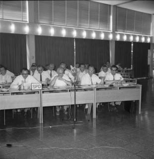 ARH BA 2549, Kreistagssitzung, Ahlem, 1968