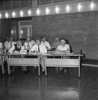 ARH BA 2550, Kreistagssitzung, Ahlem, 1968