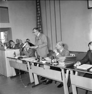ARH BA 2561, Kreistagssitzung, Großgoltern, 1968