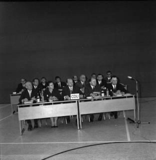 ARH BA 2563, Erste Kreistagssitzung, Anderten, 1968