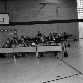 ARH BA 2564, Erste Kreistagssitzung, Anderten, 1968