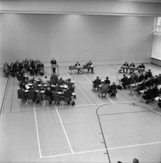 ARH BA 2572, Kreistagssitzung in der Mehrzweckhalle, Barsinghausen, 1969