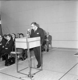 ARH BA 2576, Kreistagssitzung in der Mehrzweckhalle, Barsinghausen, 1969