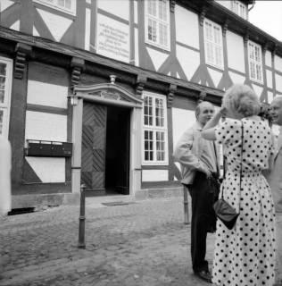 ARH BA 2604, Kreistagsrundfahrt - Besichtigung des Amtshauses, Bissendorf, 1990