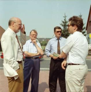 ARH BA 2611, Ortsdurchfahrt, Hagen - Einweihung mit LR Wicke und OKD Droste, 1990