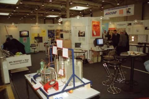 ARH BA 2626, LR Arndt besucht die Bildungsmesse, 2001