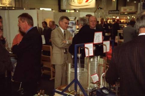 ARH BA 2636, LR Arndt Arndt besucht die Bildungsmesse, 2001