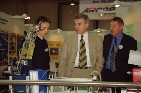 ARH BA 2640, LR Arndt Arndt besucht die Bildungsmesse, 2001