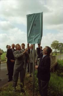 ARH BA 2680, LR Arndt gibt die K133 (Röhndamm, Burgdorf) für den Verkehr frei, 2001