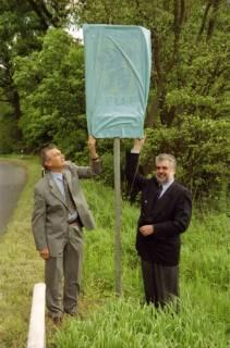 ARH BA 2688, LR Arndt gibt die K133 (Röhndamm, Burgdorf) für den Verkehr frei, 2001