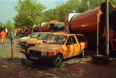 ARH BA 2702, Warnstreik der Gewerkschaft ver.di vor dem Kreishaus, Hannover, 2001