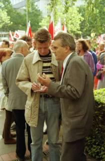 ARH BA 2719, Warnstreik der Gewerkschaft ver.di vor dem Kreishaus, Hannover, 2001
