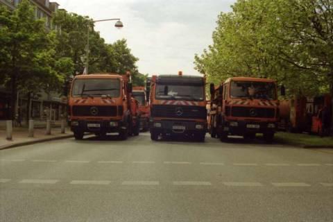 ARH BA 2733, Warnstreik der Gewerkschaft ver.di vor dem Kreishaus, Hannover, 2001