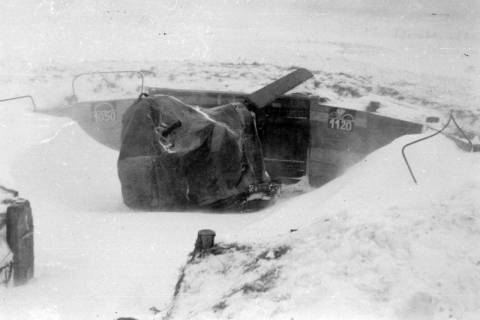 ARH NL Dierssen 0102/0007, Schneesturm an der Flakstellung, um 1944