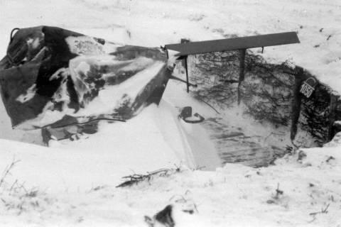 ARH NL Dierssen 0102/0008, Schneesturm an der Flakstellung, um 1944