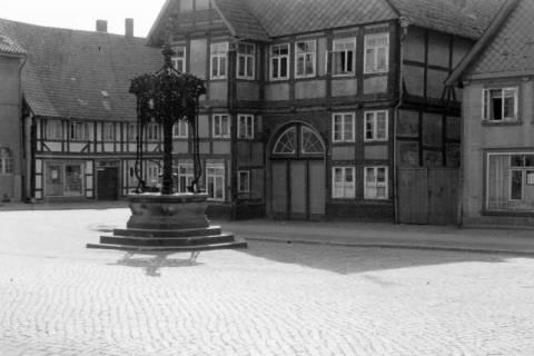 ARH NL Dierssen 0103/0033, Marienbrunnen, zwischen 1946/1947