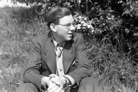 ARH NL Dierssen 0104/0004, Dierssen im Grünen, zwischen 1946/1947