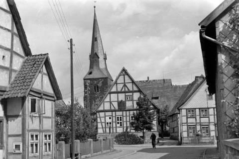 ARH NL Dierssen 0104/0024, Blick vom Dammtor auf Kirche, zwischen 1946/1947