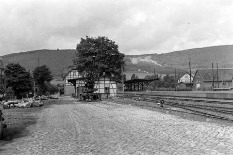ARH NL Dierssen 0104/0032, Bahnhof mit Ebersberg im Hintergrund, zwischen 1946/1947