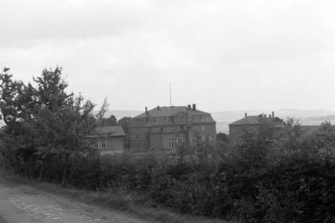 ARH NL Dierssen 0106/0017, Blick auf Jagdschloss Springe, zwischen 1946/1947
