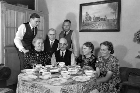 ARH NL Dierssen 0109/0022, Silberhochzeit der Eltern von Dierssen, 1947