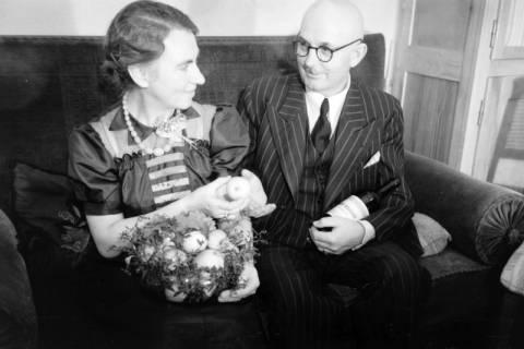 ARH NL Dierssen 0110/0001, Silberhochzeit der Eltern von Dierssen, 1947