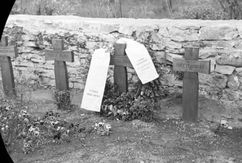 ARH NL Dierssen 0118/0001, Grab unbekannter Soldat, ohne Datum