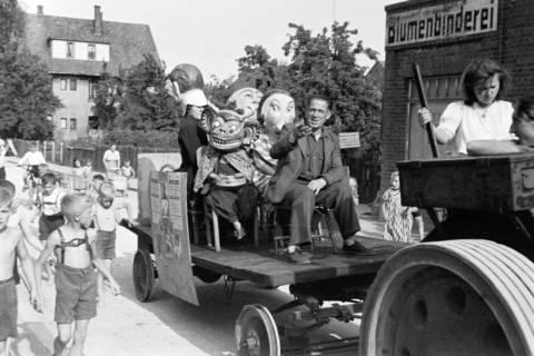 ARH NL Dierssen 0121/0024, Zirkus fährt Reklame, 1948