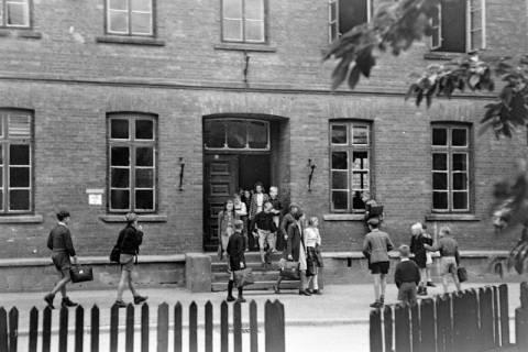 ARH NL Dierssen 0123/0001, Ferienbeginn, 1948