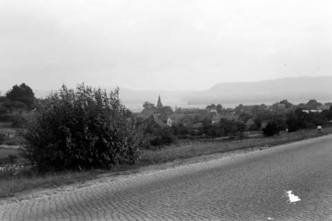 ARH NL Dierssen 0123/0017, Blick auf Völksen, 1948