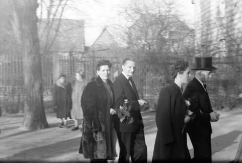 ARH NL Dierssen 0134/0015, Hochzeit Hustadt, 1948